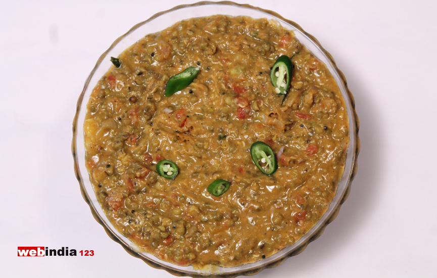Green Gram Masala Curry