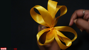 Hair Bow using Finger method