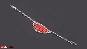 Ruby-Bead chain Bracelet