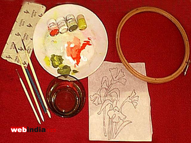 Fabric painting how to make fabric painting craft for Pot painting materials required