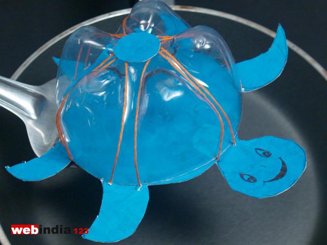 Plastic bottle turtle how to make plastic bottle turtle for Things to make with plastic bottles for kids
