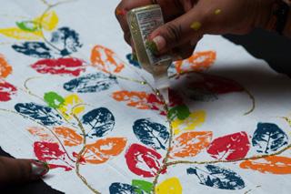 Leaf Printing,how to make Leaf Printing,Craft - webindia123 com
