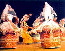 La danse Indienne Dance%20-manipuri