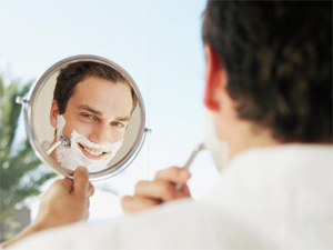 shaving tips for men a beginners guide to shaving. Black Bedroom Furniture Sets. Home Design Ideas