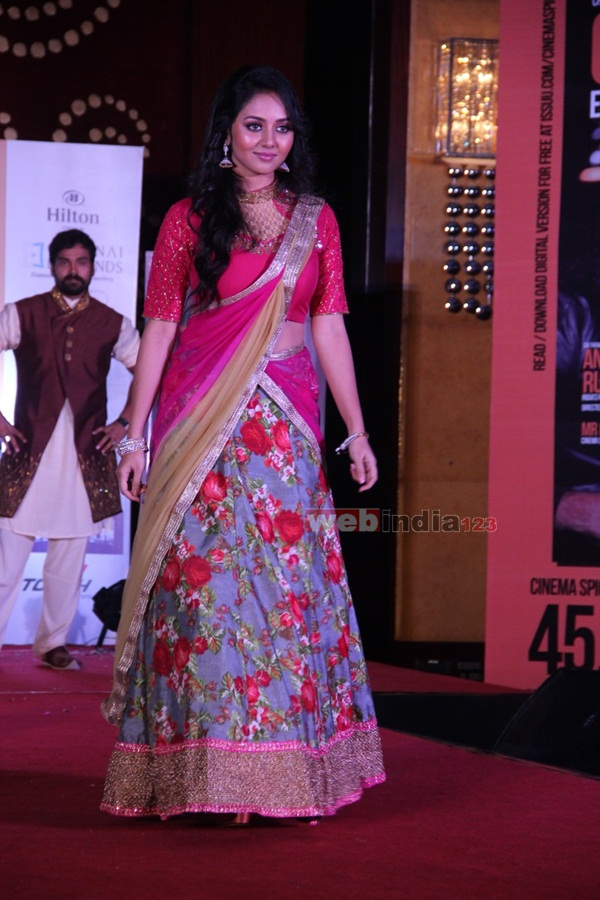 Cinema+Spie+Bridal+Fashion+Show%26Sunil+Menon+20%27th+Years+Felicitation