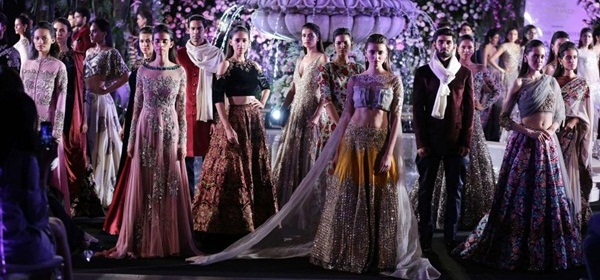 Lakme_Fashion_Week_Winter_Festive_2016_Day_1
