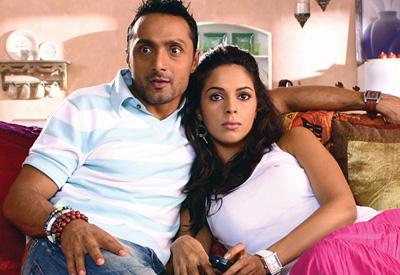 http://www.webindia123.com/movie/stills/pyarki/still9.jpg