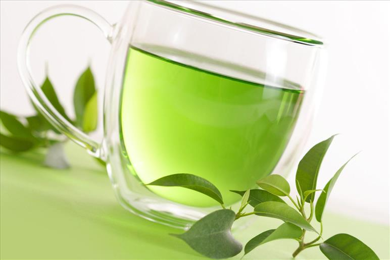 6 reasons why you should include green tea in your daily diet