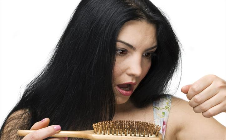 Having Hair Loss Problem? Main Causes of Hair Loss