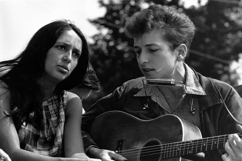 Bob Dylan and Joan Baes
